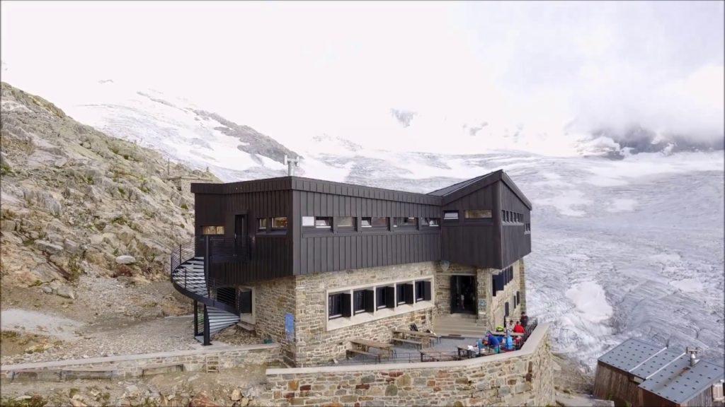 Rifugio Albert 1er 3559mt Mont Blanc - Lavoro eseguito da Colorificio Athena Biella